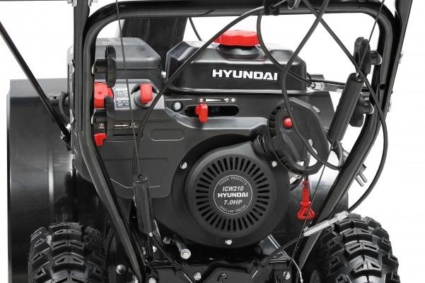 Снегоуборочная машина Hyundai S7065. Фото 4