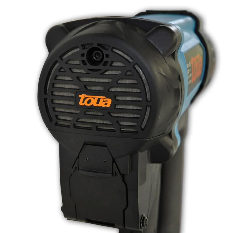 Сетка-фильтр на системе забора воздуха защищает от попадания мелкой пыли и грязи в камеру сгорания